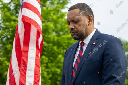 Former State Rep. Vernon Jones prays before his campaign announcement for Georgia Governor in front of the state capitol in Atlanta, Georgia on April 16th, 2021.