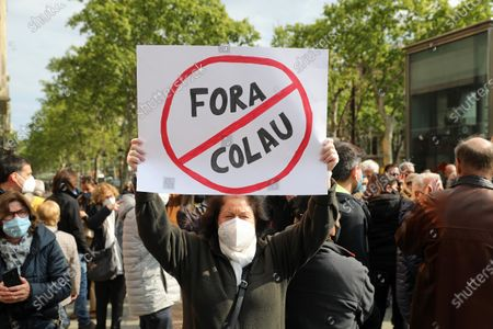 Stock Photo of Demonstration to request the resignation of the Mayor of Barcelona, Ada Colau, accused by many citizens of destroying the city of Barcelona and of alleged irregularities in its management, in Barcelona on 16th April 2021. Photo:  --