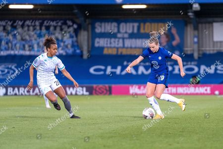 Debutant Jorja Fox (29 Chelsea) on the ball during the Vitality Womens FA Cup game