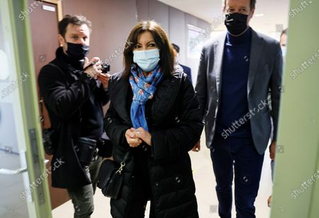 Paris Mayor Anne Hidalgo arrives for a meeting of left-wing leaders for the 2022 presidential elections in Paris, France, 17 April 2021.