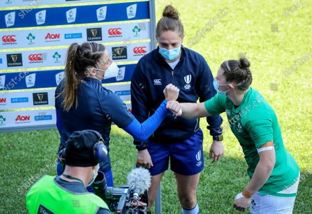 Stock Picture of Ireland Women vs France Women. France's Gaëlle Hermet with Referee Sara Cox and Ciara Griffin of Ireland at the coin toss
