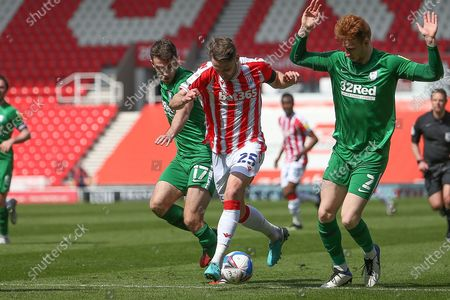Stoke City midfielder Nick Powell (25) during the EFL Sky Bet Championship match between Stoke City and Preston North End at the Bet365 Stadium, Stoke-on-Trent