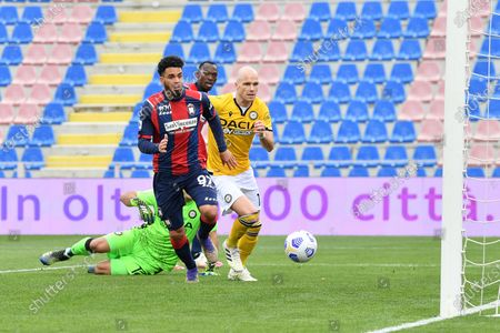 Crotone's forward Emmanuel Riviere (C) misses a goal chance during the Italian Serie A soccer match between FC Crotone and Udinese Calcio at Ezio Scida stadium in Crotone, Italy, 17 april 2021.