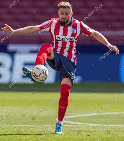 Atletico Madrid' midfielder Hector Herrera in action during the Spanish LaLiga soccer match between Atletico Madrid and SD Eibar held at Wanda Metropolitano stadium in Madrid, central Spain, 18 April 2021.