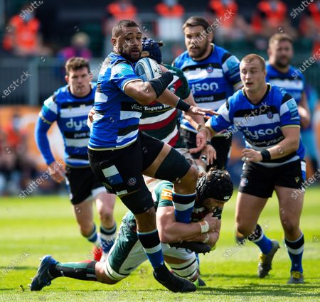 Stock Image of Taulupe Faletau of Bath Rugby takes on the Leicester Tigers defence