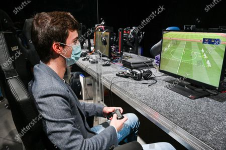 E-sport and gaming day organise by the MR. The MR and his president Georges Louis Bouchez wants to support the e-sports and gaming sector and give it extra visibility