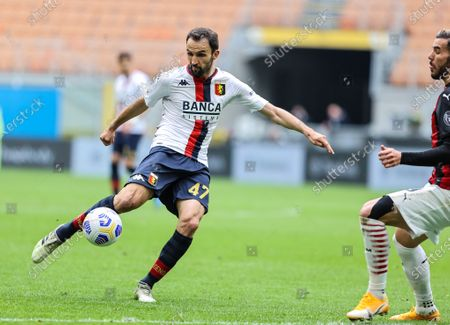 Milan Badelj of Genoa CFC in action during the 2020/21 Italian Serie A football match between AC Milan and Genoa CFC at the Giuseppe Meazza Stadium. Final score; AC Milan 2:1 Genoa CFC.