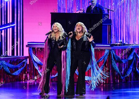 Elle King and Miranda Lambert perform
