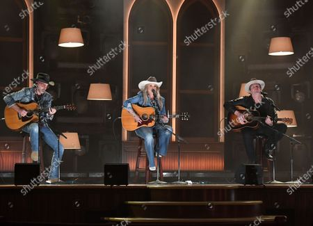 """Stock Photo of Miranda Lambert, center, performs """"In His Arms"""" at the 56th annual Academy of Country Music Awards, at the Ryman Auditorium in Nashville, Tenn"""