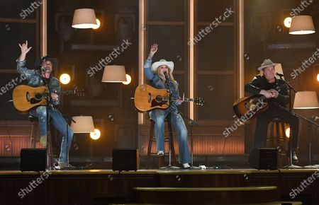 """Stock Image of Miranda Lambert, center, performs """"In His Arms"""" at the 56th annual Academy of Country Music Awards, at the Ryman Auditorium in Nashville, Tenn"""