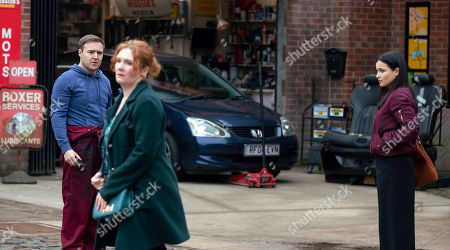 Coronation Street - Ep 10305 Wednesday 21st April 2021 - 1st Ep Tyrone Dobbs, as played by Alan Halsall, returns from attending the breakdown to find Fiz Stape, as played by Jennie McAlpine, Alina Pop, as played by Ruxandra Porojnicu, and Lucas mid-showdown on the street. Fiz realises he's chosen Alina over her.
