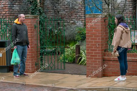 Coronation Street - Ep 10303 Monday 19th April 2021 - 1st Ep Kirk Sutherland, as played by Andy Whyment, finds Faye Windass, as played by Elle Leach, in Victoria Gardens and tells her about Craig's decision to resign from the police force.