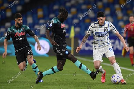 Tiemoue Bakayoko of SSC Napoli competes for the ball with Alessandro Bastoni of FC Internazionale during the Serie A match between SSC Napoli and FC Internazionale at Stadio Diego Armando Maradona Naples Italy on 18 April 2021.