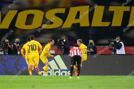 Antoine Griezmann of Barcelona celebrates after his goal with Frenkie de Jong