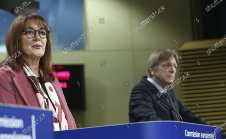 European Commissioner for Democracy and Demography Dubravka Suica, left, and member of the European Parliament Guy Verhofstadt address the media regarding the Conference on the Future of Europe Executive Board at EU headquarters in Brussels