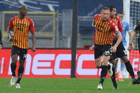 Kamil Glik of Benevento celebrate after scoring the goal