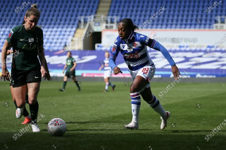 Danielle Carter (18 Reading) runs with the ball during the FA Womens Cup game between Reading and Tottenham at Madejski Stadium in Reading, England