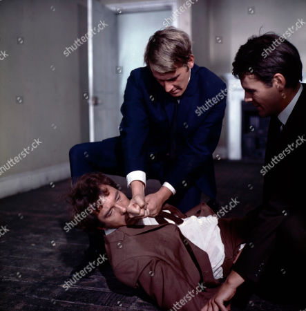 Jeff Randall, as played by Mike Pratt, loses a fight with Season's gang - with Hooper, as played by Peter Jesson, and Grant, as played by Robin Hawdon.