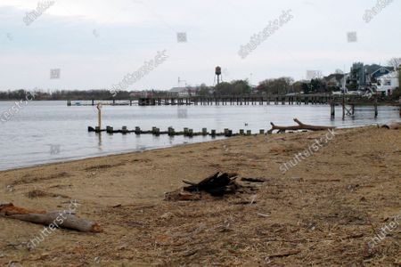 Stock Photo of This photo shows the waterfront of Raritan Bay in Keyport, N.J. A Massachusetts company wants to build a high-voltage power line that would come ashore in Keyport and connect electricity from a future wind farm off the New Jersey coast to the onshore electrical grid