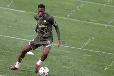 Atletico Madrid's Geoffrey Kondogbia attends a training session of the team in Majadahonda, Madrid, Spain, 20 April 2021.