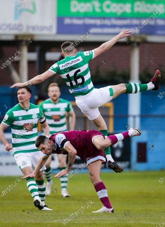 Drogheda United vs Shamrock Rovers . Drogheda United's James Brown and Gary O'Neill of Shamrock Rovers