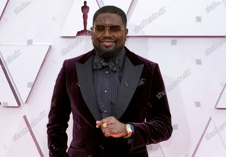 Lil Rel Howery arrives at the Oscars