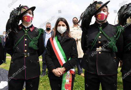 Mayor of Rome, Virginia Raggi (C), in the Circo Massimo, the ancient Roman chariot-racing stadium and mass entertainment venue, in Rome, Italy, 21 April 2021, during the celebrations on the occasion of the foundation of the city (Natale di Roma).