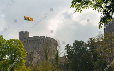 Queen Elizabeth II is spending her 95th Birthday at Windsor Castle today following the sad passing of her husband HRH Prince Philip, the Duke of Edinburgh. The ceremonial Royal Standard was flying on Windsor Castle, however, the town was very quiet this morning