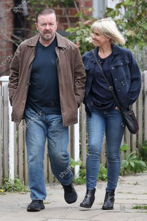 Stock Photo of Ricky Gervais and Ashley Jensen filming on set of 'Afterlife'