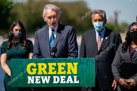 Sen. Ed Markey (D-MA) speaks at a news conference to reintroduce the Green New Deal and introduce the Civilian Climate Corps Act at the Capitol Reflecting Pool near the West Front of the U.S. Capitol Building on Tuesday, April 20, 2021 in Washington, DC. (Kent Nishimura / Los Angeles Times)