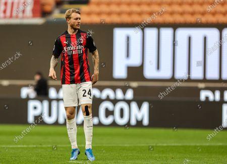 Simon Kjaer of AC Milan in action