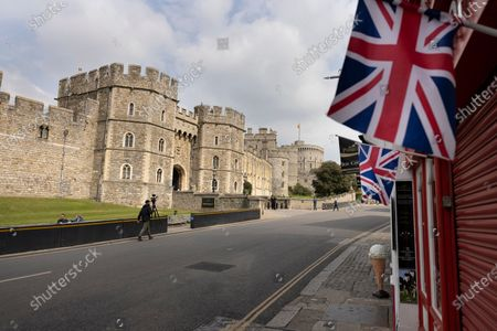 The area outside Windsor Castle was quiet today as Queen Elizabeth II celebrates her 95th birthday. Her Majesty is expected to have a low key celebration only four days after the funeral of the Duke of Edinburgh.