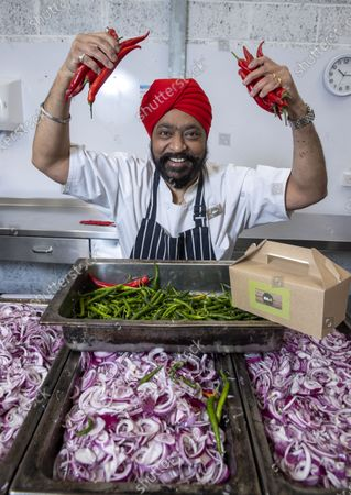 SOCIAL BITE LAUNCH ÔAT HOMEÕ BOXES WITH CELEBRITY CHEF TONY SINGHHomelessness charity, Social Bite, has launched its very first At Home dining box, giving people across the central belt the chance to enjoy delicious, restaurant-quality dishes at home while supporting those who have experienced homelessness. The Singh 4 Your Supper menu, is in partnership with Scottish celebrity chef and restaurateur, Tony Singh.The Indian-themed dining box explores a variety of fresh, rich and aromatic flavours and is a delectable feast for two including eight dishes and a selection of sauces.