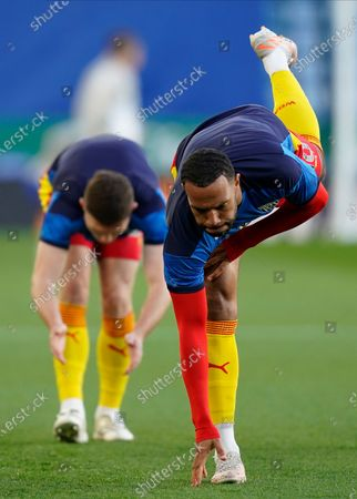 West Bromwich Albion's Matt Phillips (R) warms up for the English Premier League soccer match between Leicester City and West Bromwich Albion in Leicester, Britain, 22 April 2021