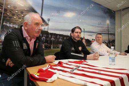 Manager Ruaidhri Higgins with vice-chairman Sean Barrett and chairman Philip O'Doherty