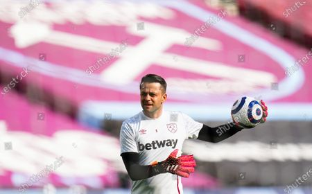 Goalkeeper Lukasz Fabianski of West Ham United warms up