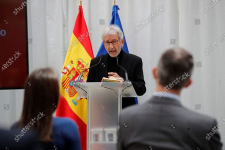 The actor Jose Sacristan proceeds to a reading of texts by the writers Miguel Delibes and Antonio Machado during the act that takes place this Friday at the headquarters of the Cervantes Institute of Alcalá de Henares on the occasion of the celebration of International Book Day in Alcala de Henares near Madrid on April 23, 2021.