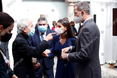 Kings Felipe and Letizia talk with actor Jose Sacristan (i) in the presence of the Minister of Culture and Sports, José Manuel Uribes (2nd), during the act that takes place this Friday in the headquarters of the Instituto Cervantes de Alcalá de Henares on the occasion of the celebration of International Book Day in Alcala de Henares near Madrid on April 23, 2021.