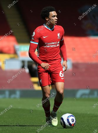 Trent Alexander-Arnold of Liverpoollooks up before passing the ball; Anfield, Liverpool, Merseyside, England; English Premier League Football, Liverpool versus Newcastle United.