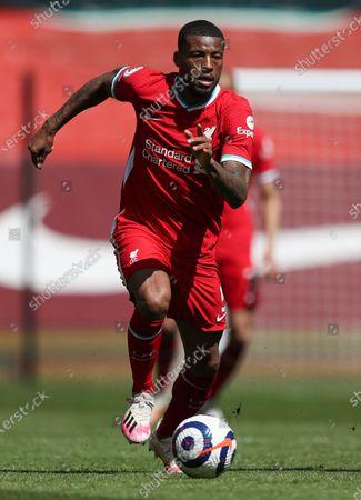 Georginio Wijnaldum of Liverpool races forward with the ball; Anfield, Liverpool, Merseyside, England; English Premier League Football, Liverpool versus Newcastle United.