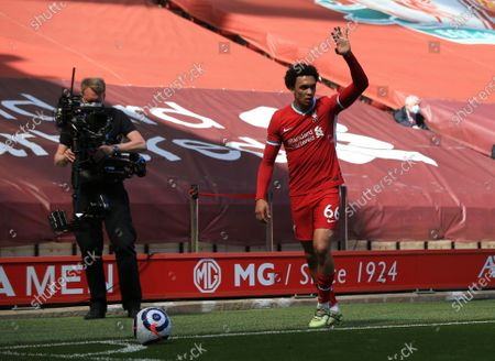 Trent Alexander-Arnold of Liverpool signals his intentions before taking a corner kick; Anfield, Liverpool, Merseyside, England; English Premier League Football, Liverpool versus Newcastle United.