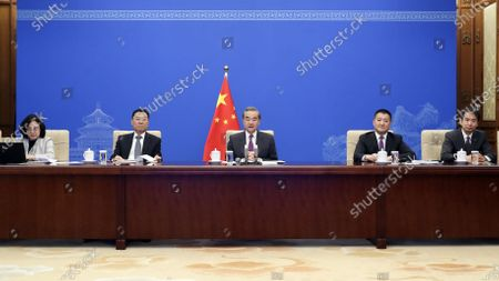 (210423) - BEIJING, April 23, 2021 (Xinhua) - Chinese State Councilor and Foreign Minister Wang Yi communicates with U.S. Council on Foreign Relations via video link in Beijing, capital of China, April 23, 2021.