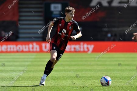 David Brooks (7) of AFC Bournemouth on the attack during the EFL Sky Bet Championship match between Bournemouth and Brentford at the Vitality Stadium, Bournemouth