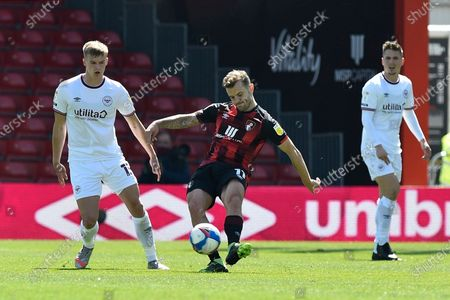 Jack Wilshere (11) of AFC Bournemouth on the attack during the EFL Sky Bet Championship match between Bournemouth and Brentford at the Vitality Stadium, Bournemouth