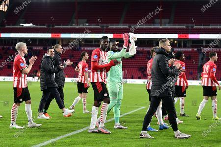(lr) Ibrahim Sangare or PSV Eindhoven, PSV Eindhoven goalkeeper Yvon Mvogo