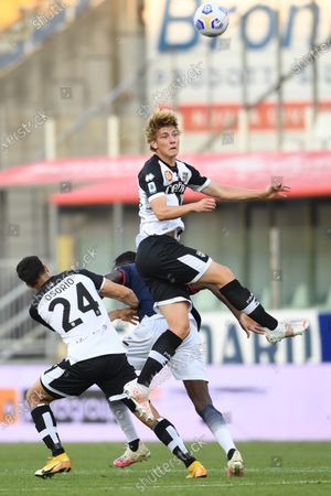 "Daan Dierckx (Parma)Simy Simeon Tochukwu Nwankwo (Crotone)Yordan Osorio (Parma)           during the Italian ""Serie A"" match between Parma 3-4 Crotone at  Ennio Tardini Stadium Stadium in Parma, Italy."