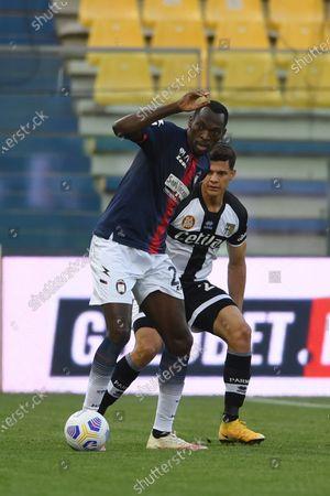 "Simy Simeon Tochukwu Nwankwo (Crotone)Yordan Osorio (Parma)           during the Italian ""Serie A"" match between Parma 3-4 Crotone at  Ennio Tardini Stadium Stadium in Parma, Italy."