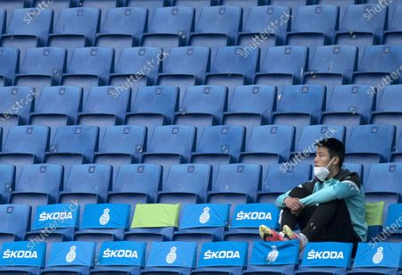 Stock Picture of (210425) - CORNELLA, April 25, 2021 (Xinhua) - RCD Espanyol's Wu Lei watches a Spanish second division league football match between RCD Espanyol and UD Las Palmas in Cornella, Spain, April 24, 2021.