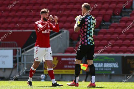 Henri Lansbury of Bristol City and Daniel Bentley of Bristol City celebrate Bristol CityÕs second goal- Mandatory by-line: Will Cooper/JMP