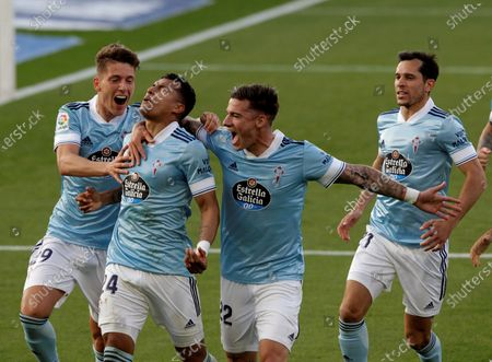 Celta's Colombian defender Jeison Murillo (2-L) celebrates with his teammates after scoring the 2-0 lead during the Spanish LaLiga soccer match between Real Celta and CA Osasuna at Balaidos stadium in Vigo, nortwest Spain, 25 April 2021.